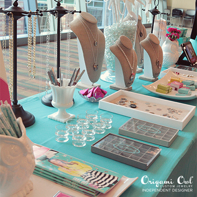 Jewelry Bar inspiration with O2 colors